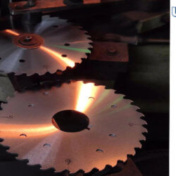 What-are-the-common-causes-break-of-cemented-carbide-saw-blades