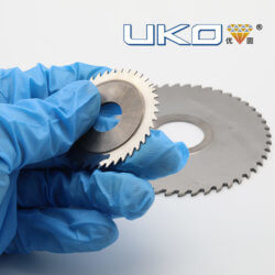 zhuzhou solid cemented carbide saw blades for artificial crystal